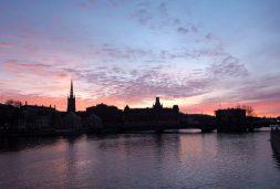Auringonlasku Tukholman keskustassa, Ruotsissa