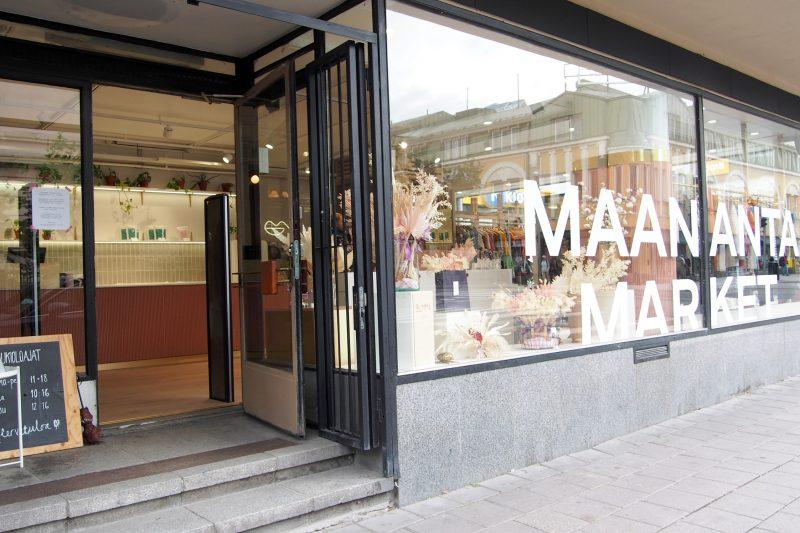 Maanantaimarket ulkopuolelta, Kuva: Arjen pilkahduksia -blogi, luvaton käyttö kielletty